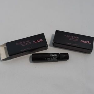 NIB mark. Scanda-lash hook up mascara